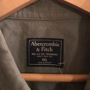Abercrombie & Fitch Shirts - Abercrombie & Fitch army green button down. XXL